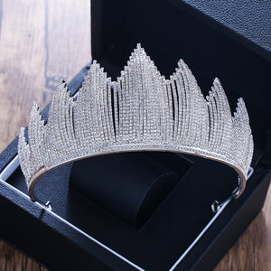 Luxurious Rhinestone Queenly Tiara