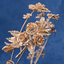 Load image into Gallery viewer, Captivating Gold Flower Tiara
