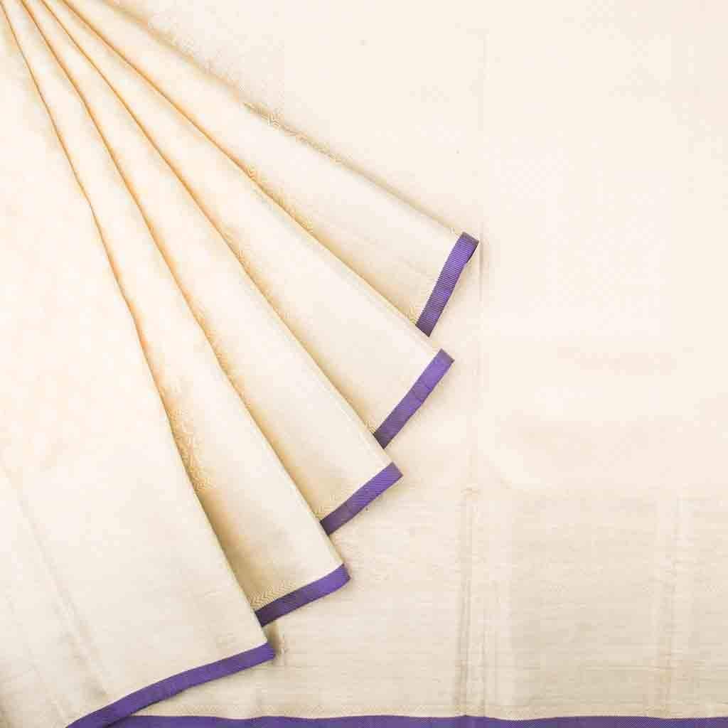 Cream Kanjivaram Silk Handloom Saree With Poo Buttas