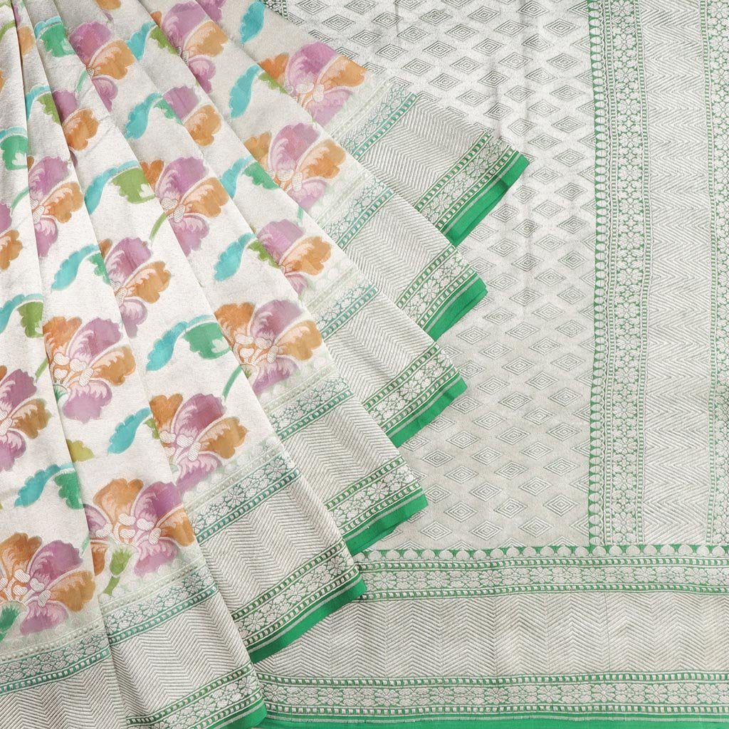 Silver Tissue Banarasi Georgette Saree With Floral Jaal Design