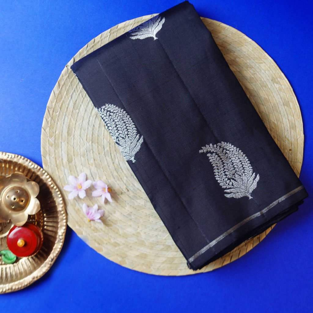 Black Borderless Kanjivaram Silk Handloom Saree