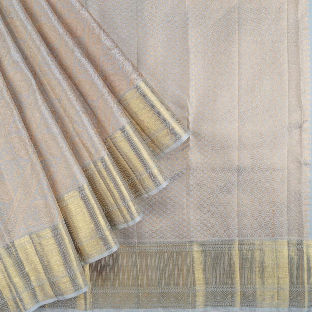 Grey Kanjivaram Silk Handloom Saree With Jaal Design