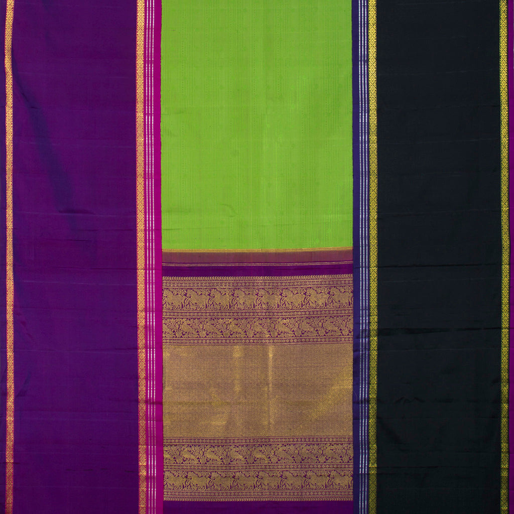 Pear Green Kanjivaram Silk Handloom Saree With Big Border