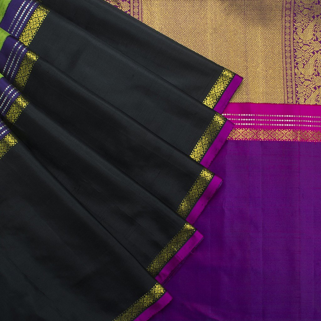 buy Pear Green Kanjivaram Silk Handloom Saree With Big Border Online