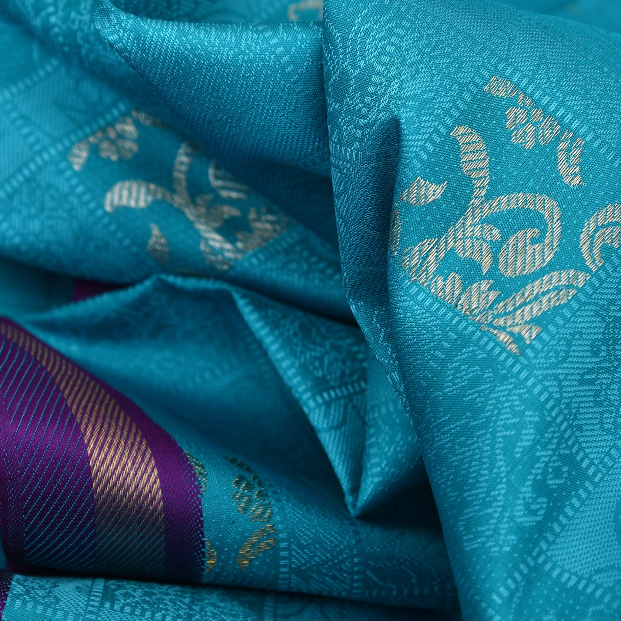 BB088303-Teal Blue self-woven Borderless Kanjivaram Handloom Silk Saree