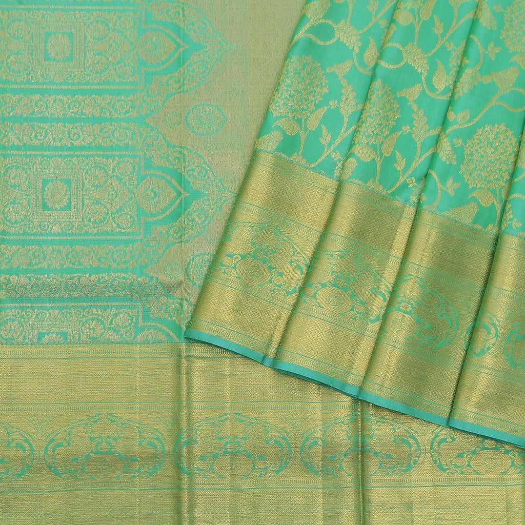 Vivid-Green-Kanjivaram-Silk-Handloom-Saree-With-Floral-Jaal