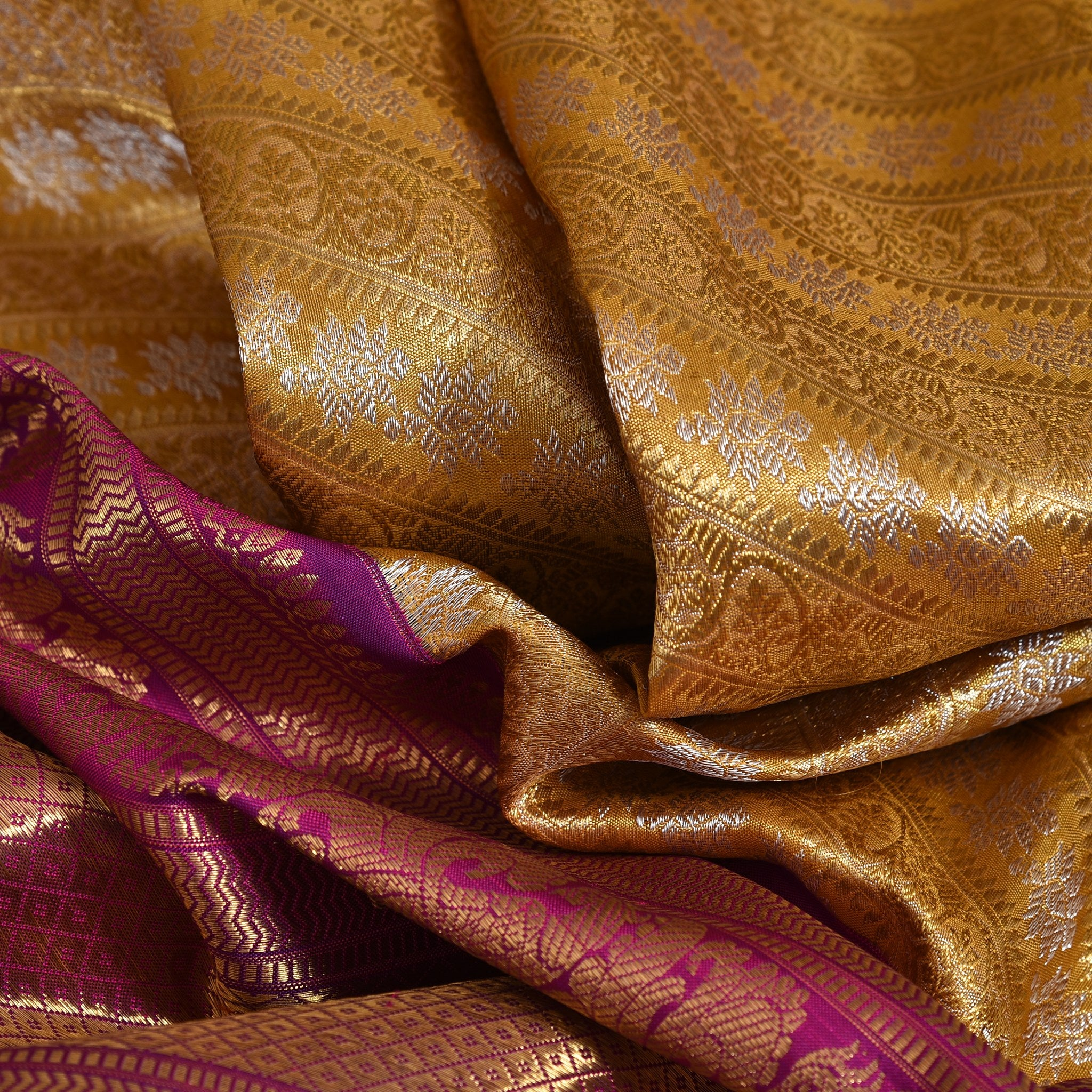 BB095812-Deep Gold Handloom Tissue Kanjivaram Saree