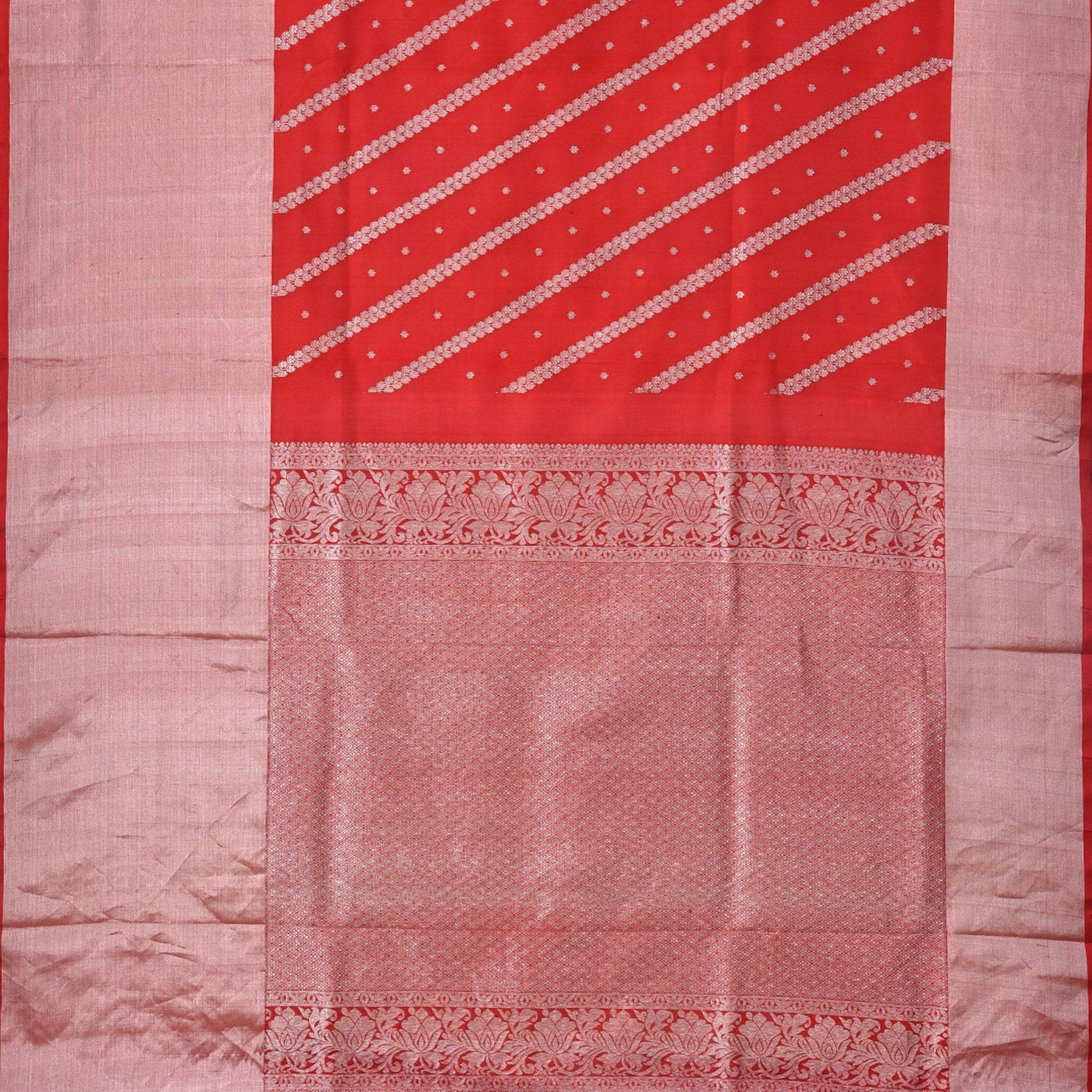 BB096380-Vivid Vermillion Venkatagiri Handloom Silk Saree