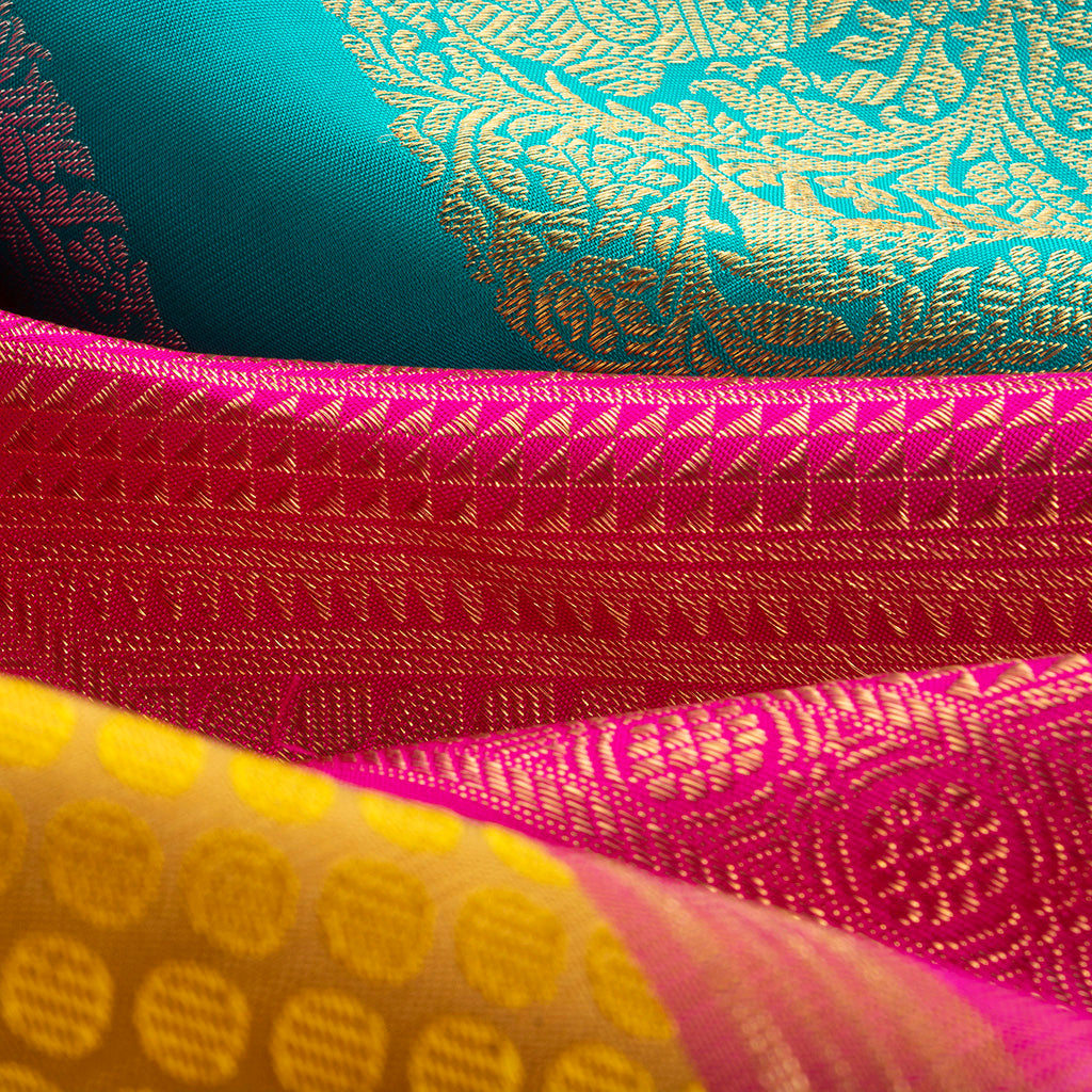 Medallion Yellow Borderless Kanjivaram Silk Handloom Saree