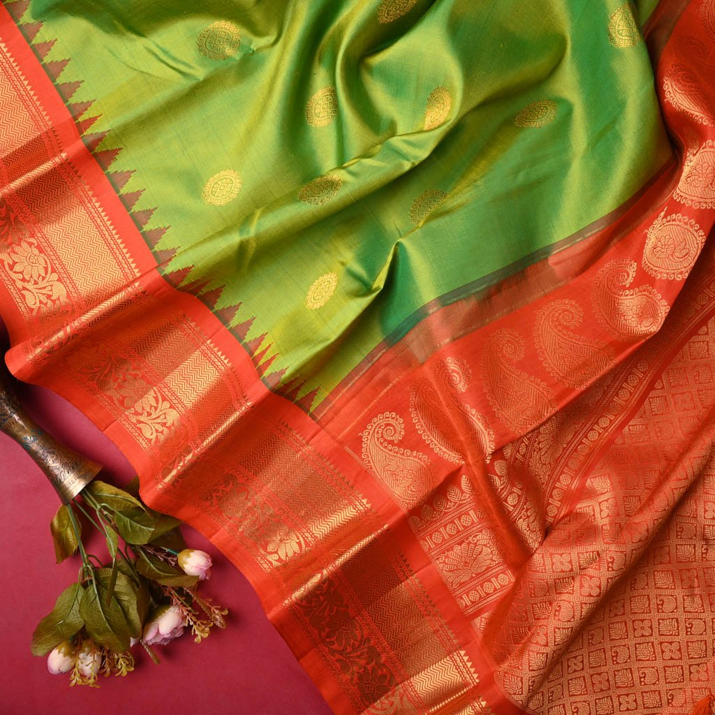 Buy Pear Green Gadwal Silk Handloom Saree