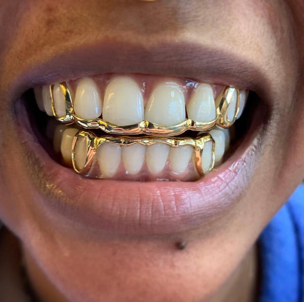 Bar Style With Open Fangs (Sold as a Set)