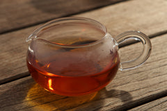Glass tea sharing picher