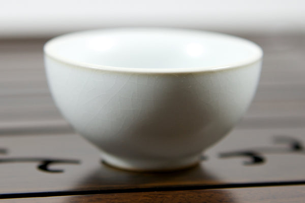 Gongfu chinese tea cup small white porcelain