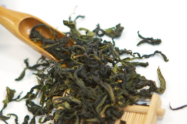 High mountain loose leaf oolong tea wen shan pouchong baozhong from taiwan
