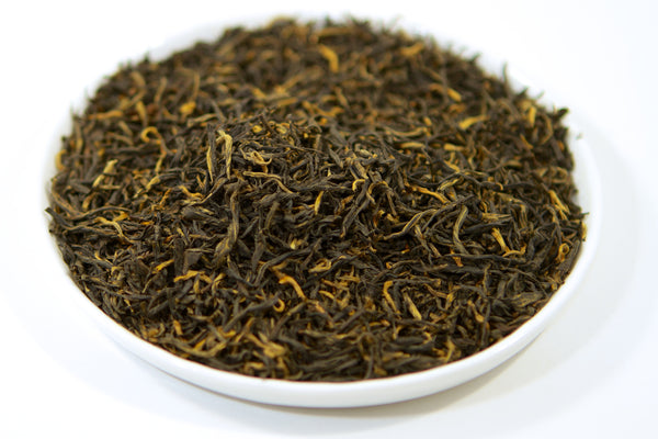 Loose leaf black tea gao shan from fujian with tray