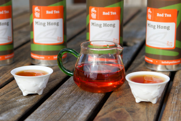 Ming hong black tea cups