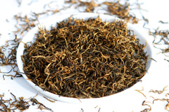 Tray of healthy loose leaf red black tea jinjunmei from fujian