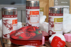 Yezi tea package valentines day tin cans