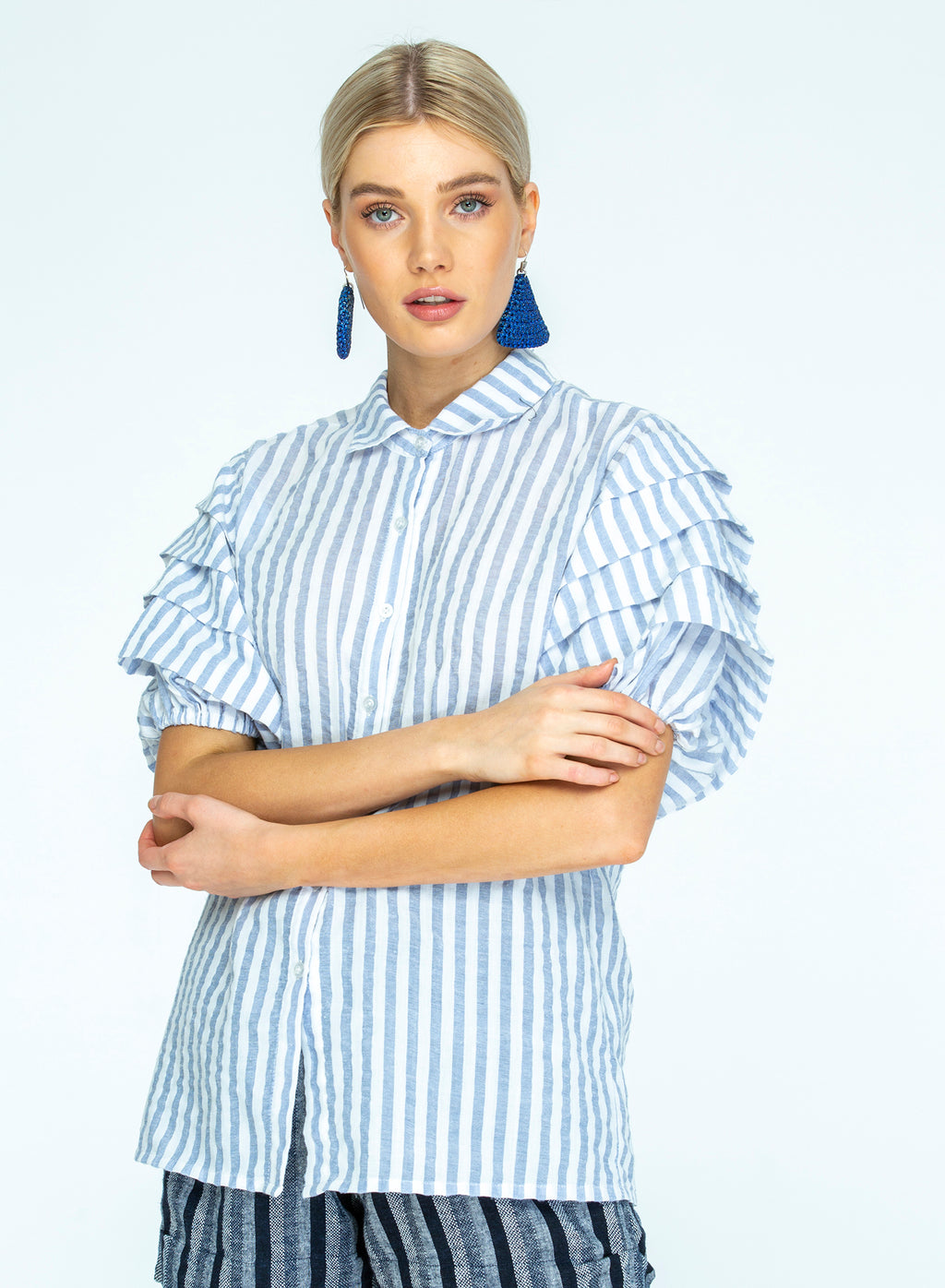 THE ROSE SLEEVE SHIRT IN WOVEN BLUE/WHITE STRIPE - PRE-ORDER