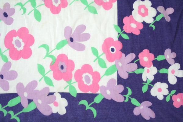 1970s cotton scarf -  pink / purple daisy print - S