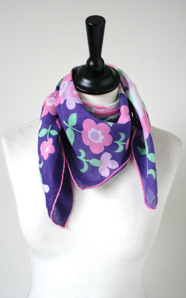 70s cotton scarf - 70s pink / purple daisy print