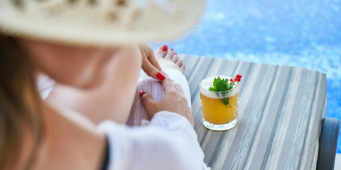 Whether is be a Margarita, Michelada, or a Motts Clamato Caesar, enjoying a delicious cocktails are always better when lounging along side a refreshing swimming pool