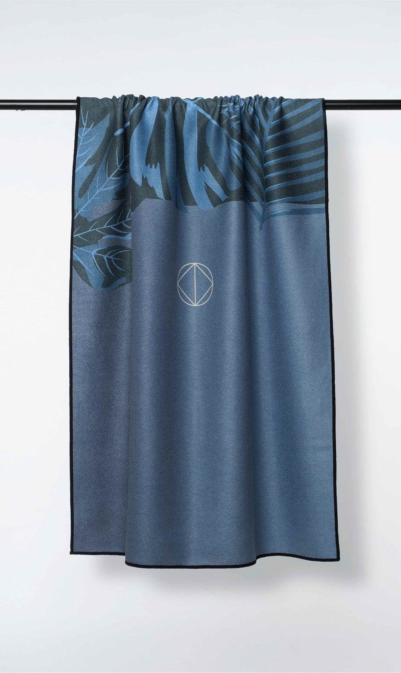 ISLE OF MIND Kind Joey multipurpose yoga towel front view