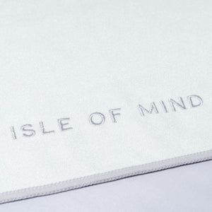 ISLE OF MIND Joyful Jana multipurpose yoga towel logo detail