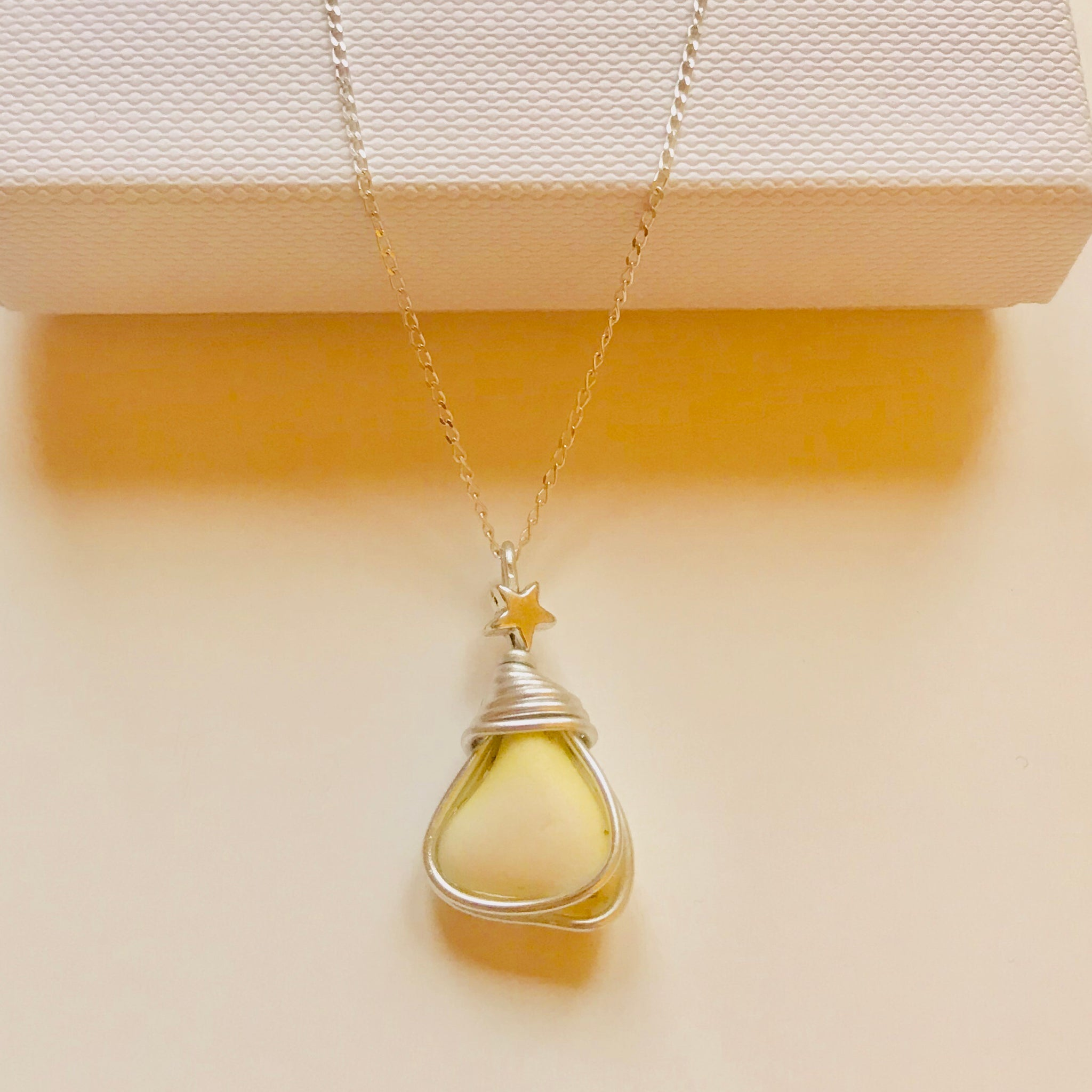 "Yellow Seaham Milk Glass Mini Stars Pendant On a 20"" Sterling Silver Chain"