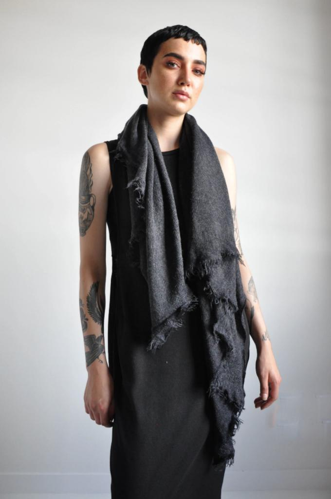 Open Knit Scarf - MIDNIGHT [LIMITED]
