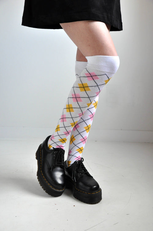 ARGYLE KNEE HIGH SOCKS - Shop Noctex