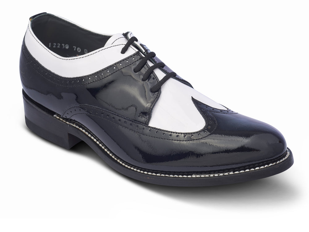 STACY PENNER - Black/White Wing Tip (C1636)