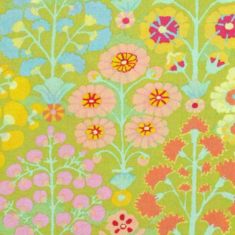"KAFFE FASSETT ""SPRAYS"" Lime 28.5 inches"