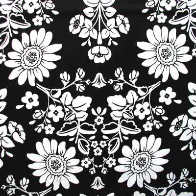 "ROBERT KAUFMAN ""NEW TRADITIONS"" FLORAL Black 20 inches"