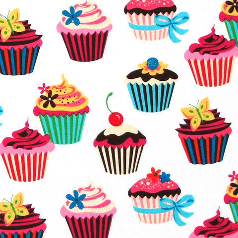 "ROBERT KAUFMAN ""SWEET TOOTH"" CUPCAKE Spring 30 inches"
