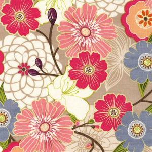 "ROBERT KAUFMAN ""REVERIE GARDEN"" BLOOMS Petal BY 1/2 YARD"