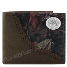 Load image into Gallery viewer, Georgia Bulldogs Mascot  Fence Row Camo Leather Bifold Wallet