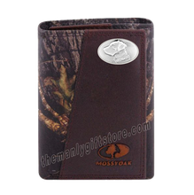 Load image into Gallery viewer, Labrador DOG Mossy Oak Camo Zep Pro Trifold Leather Wallet