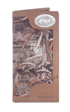 Load image into Gallery viewer, Arkansas Razorbacks Roper REALTREE MAX-5 Camo Wallet
