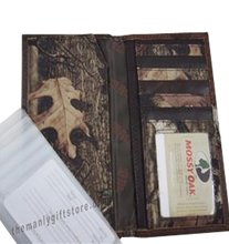 Load image into Gallery viewer, Saltwater Redfish Roper Mossy Oak Camo Wallet