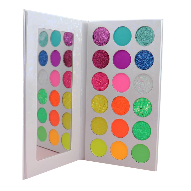 GLOW GIRL FANTASY EYESHADOW PALETTE