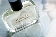 Load image into Gallery viewer, Perfumista perfume by Anatole Lebreton
