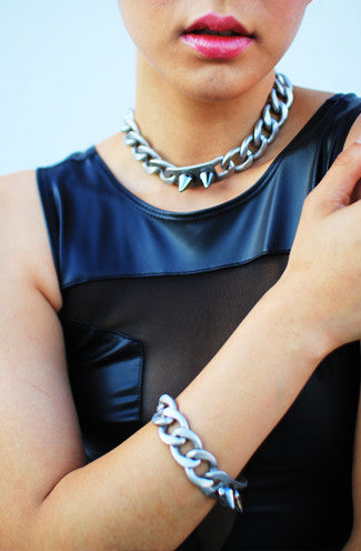 8 Other Reasons The Battle I.D. Choker in Matte Silver -Shot 2