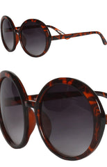 "alt=""audrey-round-sunglasses-in-tortoise-shell-side-detail"""