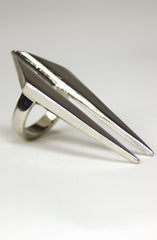 "alt=""silver-deep-cut-ring-side"""