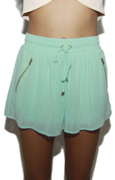 Baddie Gyrl Chiffon Drawstring Pocket Shorts in Mint