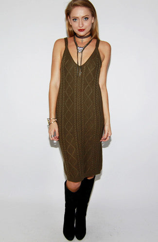 Cable Knit Sleeveless Sweater Dress in Olive