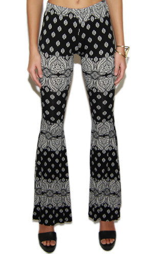 Mandala Print Bell Bottom Pants -Shot 2