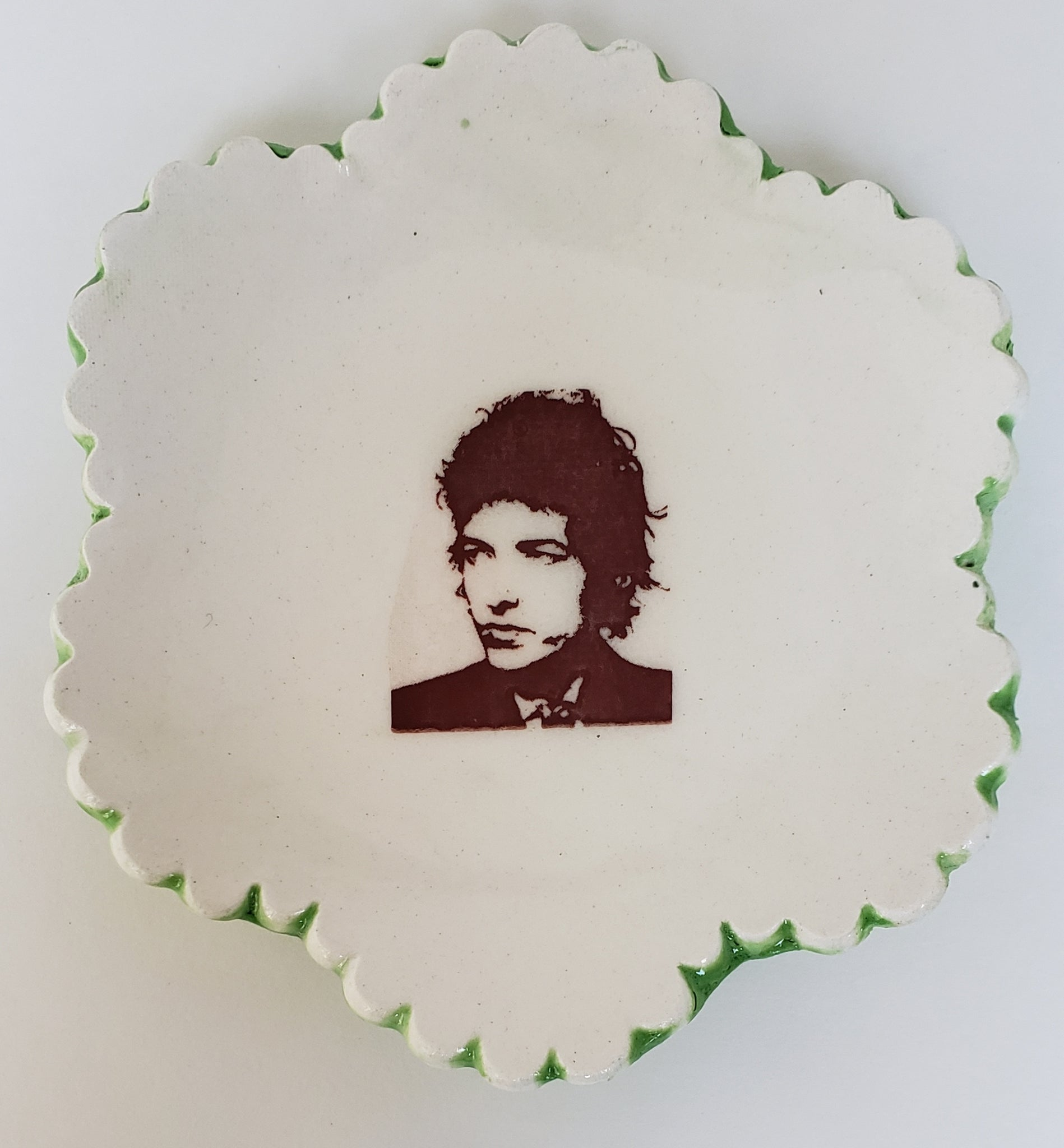 Tiny Plate with young Bob Dylan