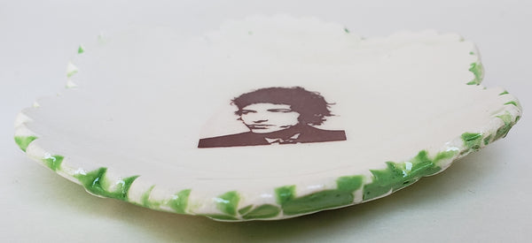 Tiny Plate with young Bob Dylan - Artworks by Karen Fincannon